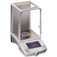 Voyager Pro Analytical/Precision Balances